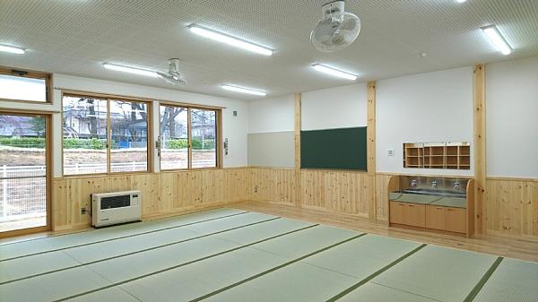 つくしクラブ保育室2_600x337.jpg