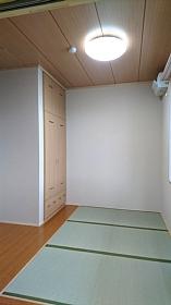 つくしクラブ職員静養室157x280.jpg