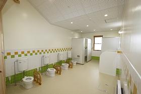 大堤幼稚園トイレ.JPG