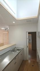 調乳室140x250.jpg